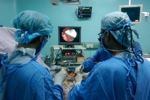 Phẫu thuật nội soi sỏi thận qua da
